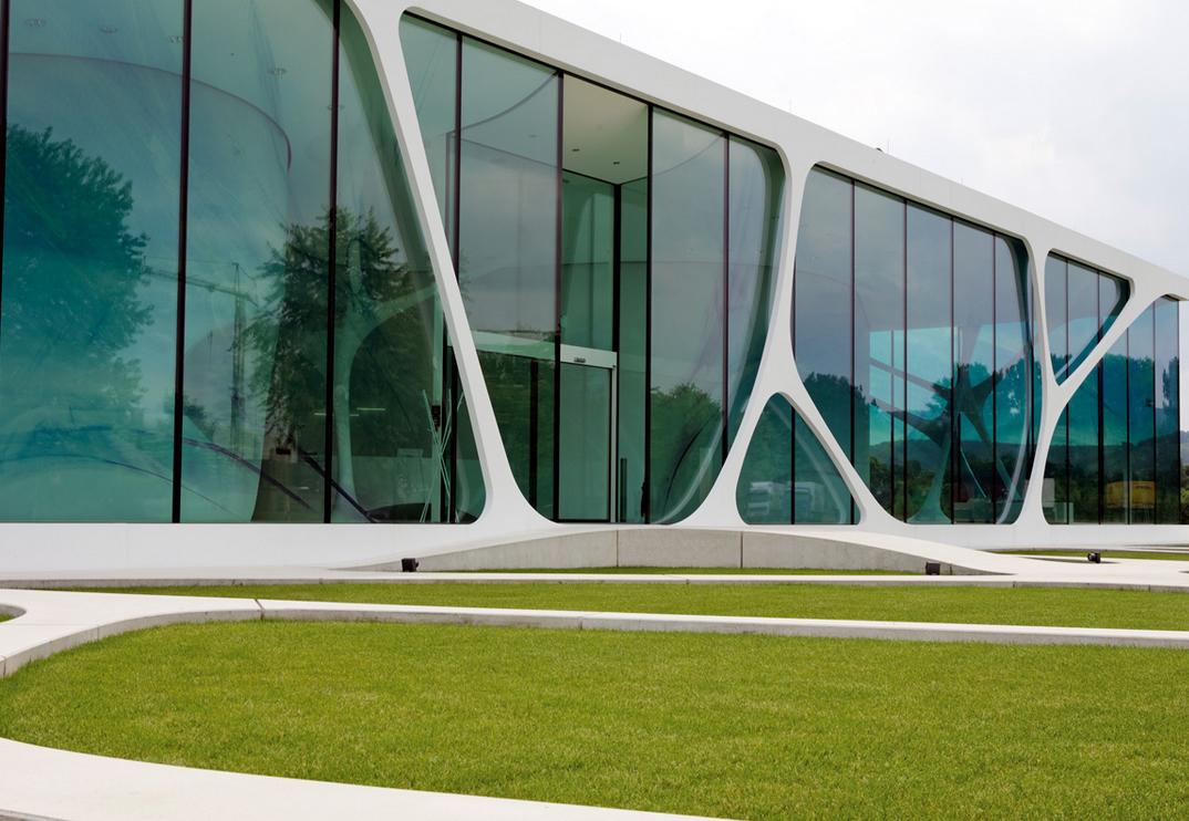 Organic Architecture the swan villas arquitecture and the arquitect, javier senosiain